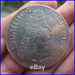 Louis XIV écu aux 8 L en argent 1704 atelier A réformé ref308