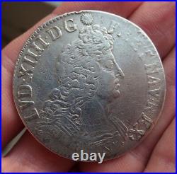 Louis XIV écu aux 8 L en argent 1704 atelier B réformé ref307